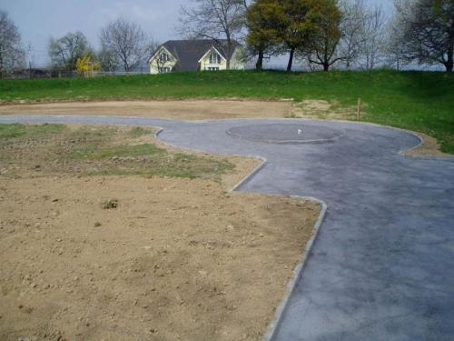 Dětské hřiště - vybudování